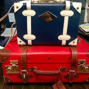 Steamline Entrepreneur Vanity Case -Navy